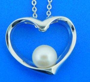 alamea pearl heart pendant,sterling