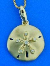 Alamea Sand Dollar Pendant, 14K Yellow Gold