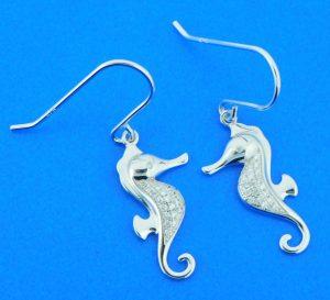 alamea sterling silver seahorse earrings