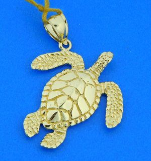 14k yellow gold 3-d sea turtle