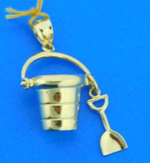 14k pail & shovel pendant